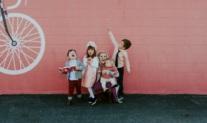 Valentines Day Ideas: take family pictures in one of your favorite place