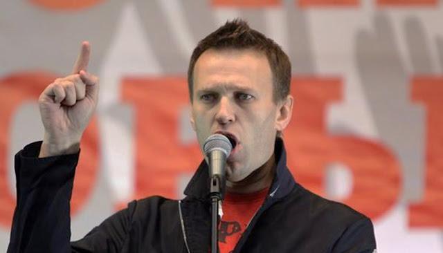 Navalny, hospitalizado por presunto envenenamiento