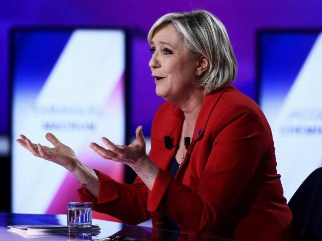 Aukso fiksingas ir ES sienų nefiksingas – viskas vienose rankose