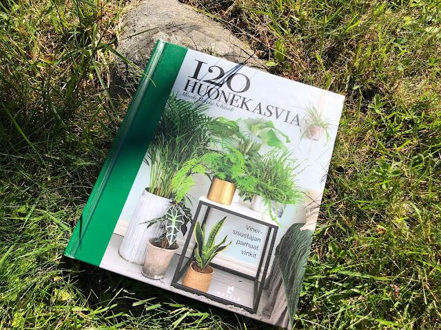 120 huonekasvia -kirja