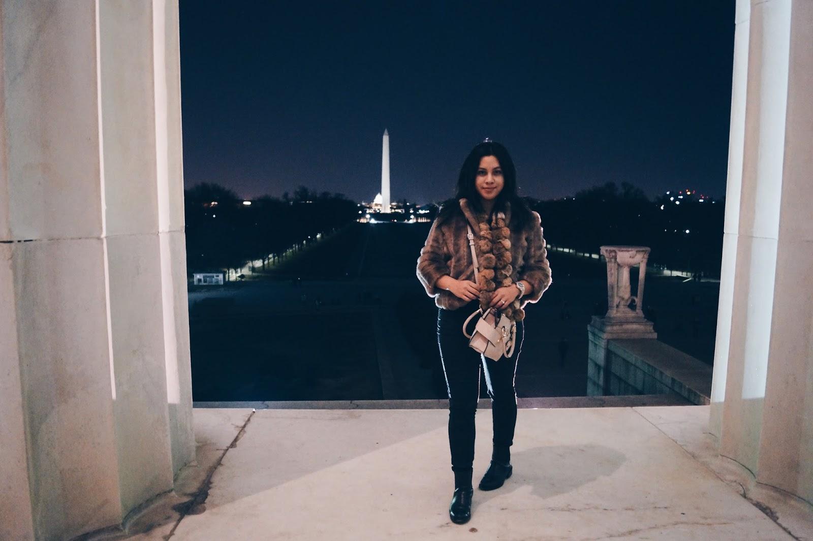 Ana Maddock- Washington DC Vintage fur Planinsek Topshop Joni Jeans Guess Bag Clarks Boots