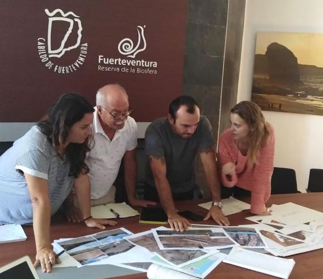 """Fuerteventura.- Andrés Briansó: """"Los rodajes cinematográficos han de contribuir a generar riqueza con un máximo equilibrio y respeto medioambiental"""