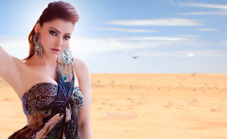 Urvashi-Rautela-Download-HD-Images-High-Quality-Wallpapers-2