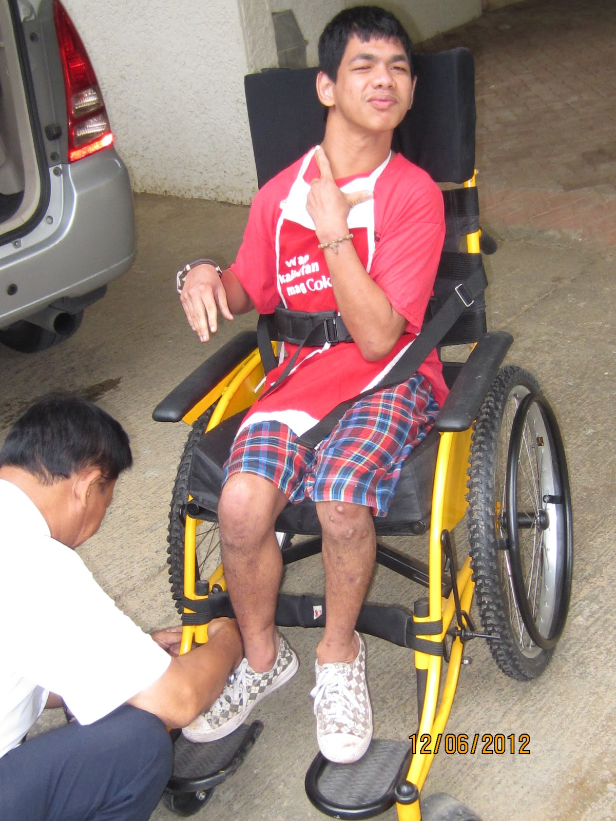 Wheelchair Seat Belt Best Festival Chair Uk Our Philippine Mission Delivery Of Supportive Wheelchairs