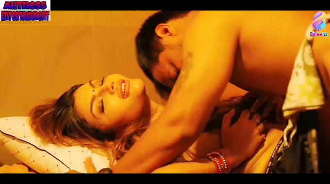 Juhi Chatterjee, Mishti Basu sexy scene - Desi Tadka s01ep01 (2020) HD 720p
