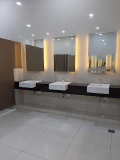 Toilet di bandara syamsudin noor banjarmasin
