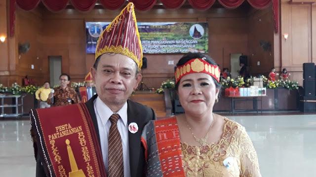 A.R. Silalahi / br. manurung - Ketua Umum Pinompar Silalahi Sondi Raja Boru Bere Ibebere Se-Bandung Raya Periode 2019- 2022
