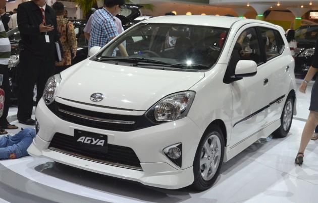 Gambar Mobil Toyota Agya Terbaru
