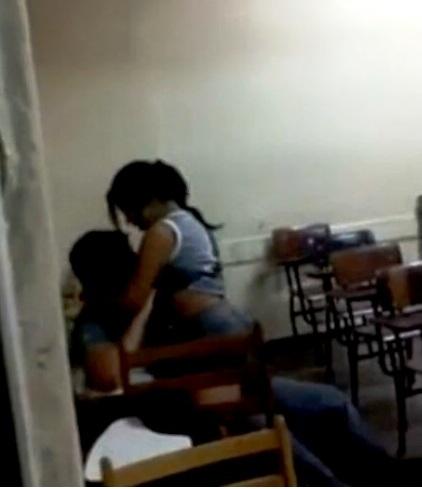 viphomens sexo na sala de aula