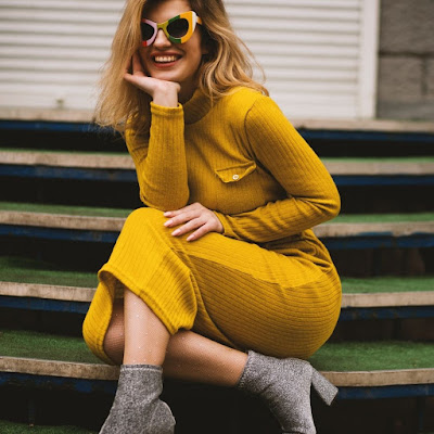 Yellow Dress/Outfit Captions,Instagram Yellow Dress Captions,Yellow Dress Captions For Instagram