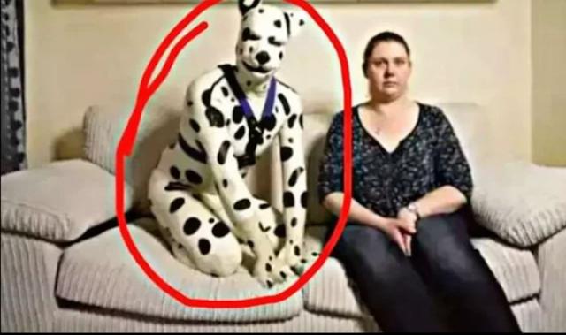 Woman-like-a-dog