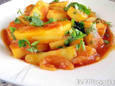 Mancare de cartofi in farfurie (imaginea retetei)