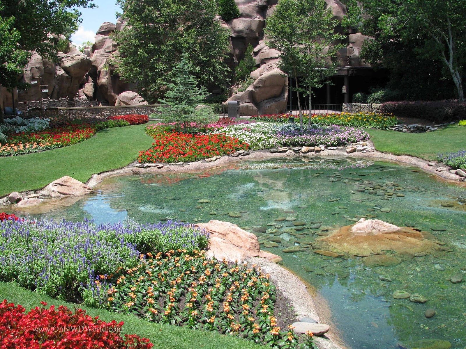 Victoria gardens in disney worlds epcot pay tribute to the butchart the victoria gardens can be found in the canada pavilion between the exit to o canada and the walkway to get to the le cellier steakhouse thecheapjerseys Images