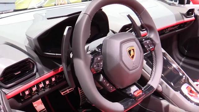 new-lamborghini-huracan-evo-spyder-2020-steering-wheel