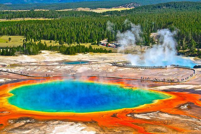 Taman Nasional Yellowstone, USA