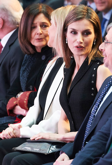 Queen Letizia of Spain attends the 'Barco de Vapor and Gran Angular' literature awards at the Casa de Correos