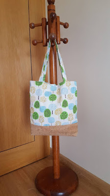 Cork and fabric tote bag