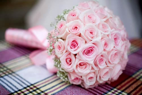 Styles To Use Fresh Flower In Wedding Bouquets
