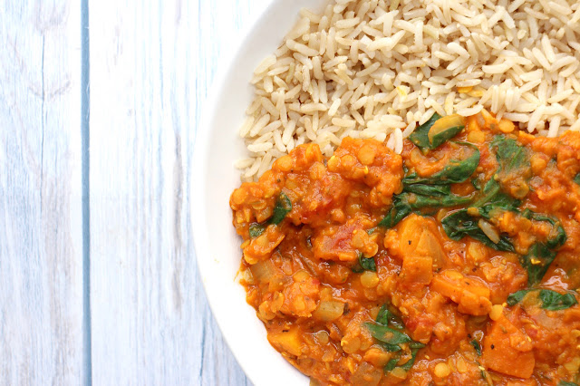 Vegan lentil and spinach curry recipe