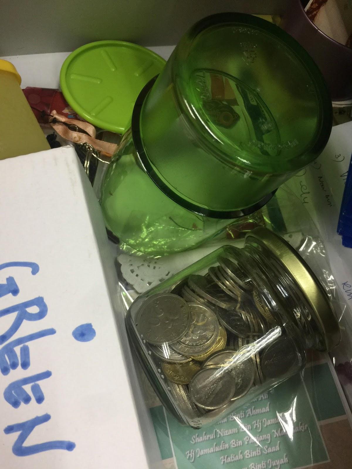 tabungan harian, tabungan syiling, menyimpan wang, tabungan hijau