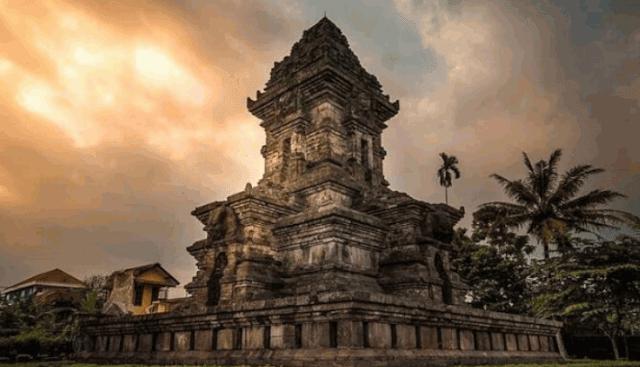 Kerajaan Singasari: Sumber Sejarah, Silsilah, Masa Berdiri Sampai Keruntuhan dan Peninggalan Lengkap