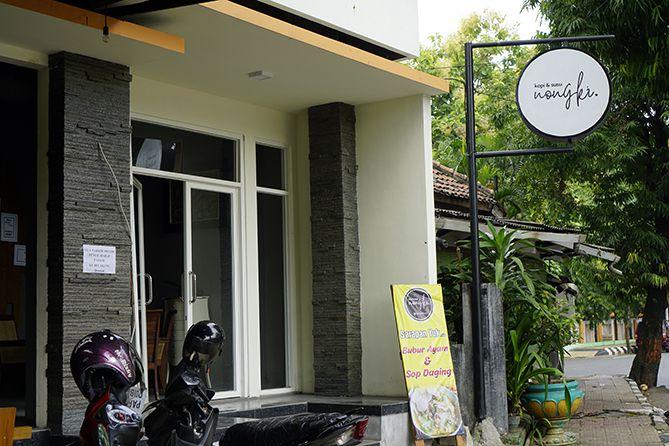 Mengunjungi Kedai Kopi dan Susu Nongki Jepara