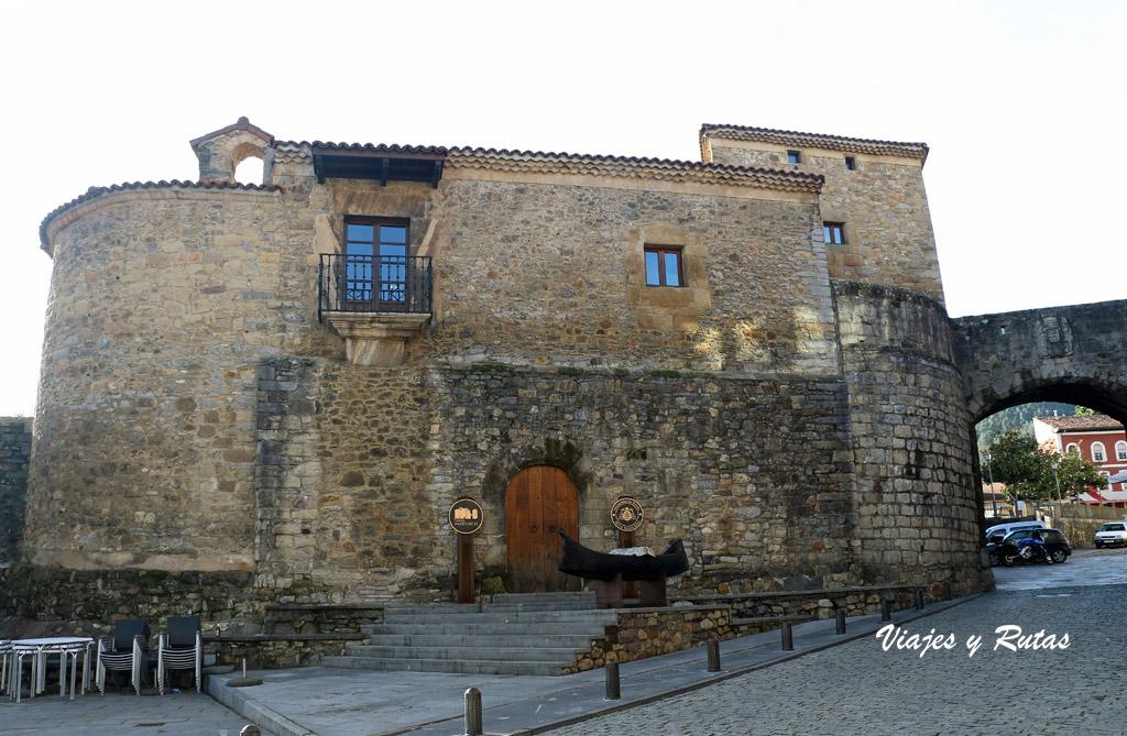 Castillo Valdés-Salas