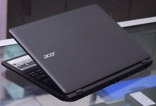 Acer Aspire ES1-111 ( Celeron N2840 ) 11.6-inch