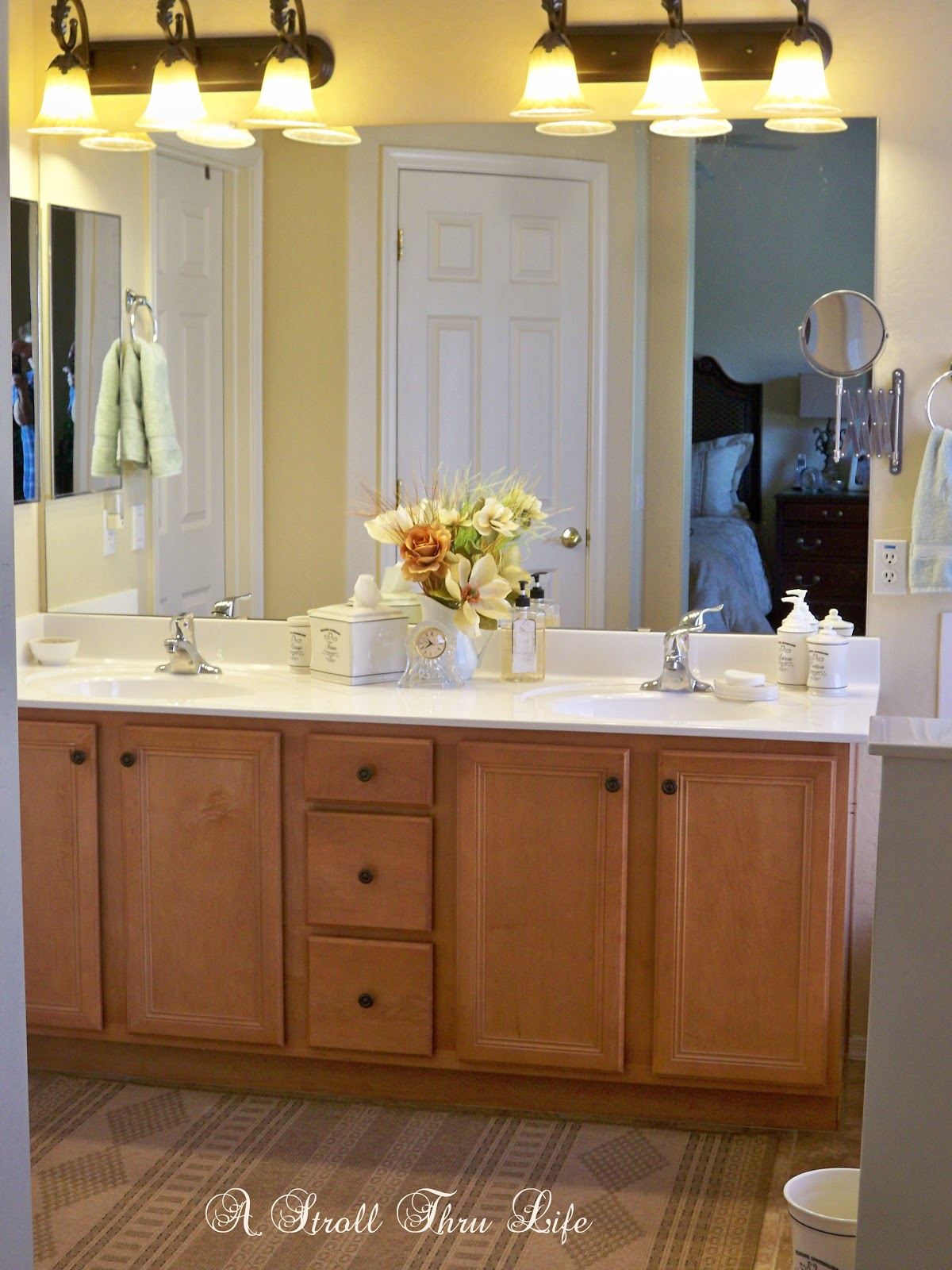 Adding a touch of elegance to the bathroom - www.astrollthrulife.net