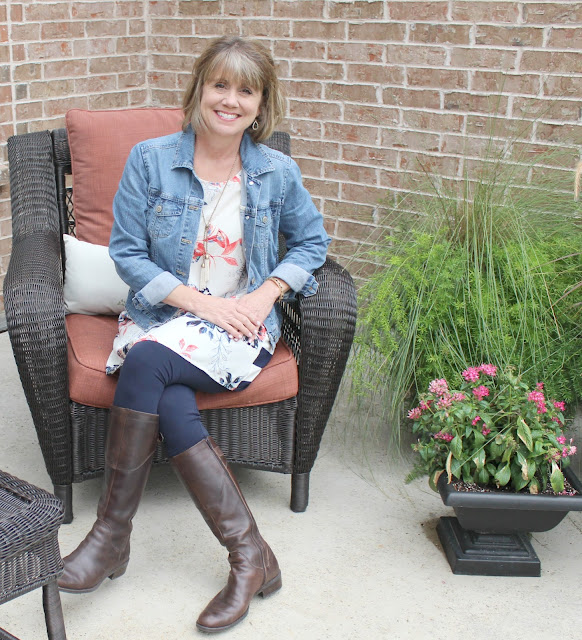 Glamour Farms, tunic, tunic with leggings, what to wear with leggings, leggings and boots, denim jacket, tunic and denim jacket