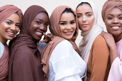 Wajah Tampak Lebih Cerah, Berikut 6 Warna Hijab untuk Kulit Sawo Matang