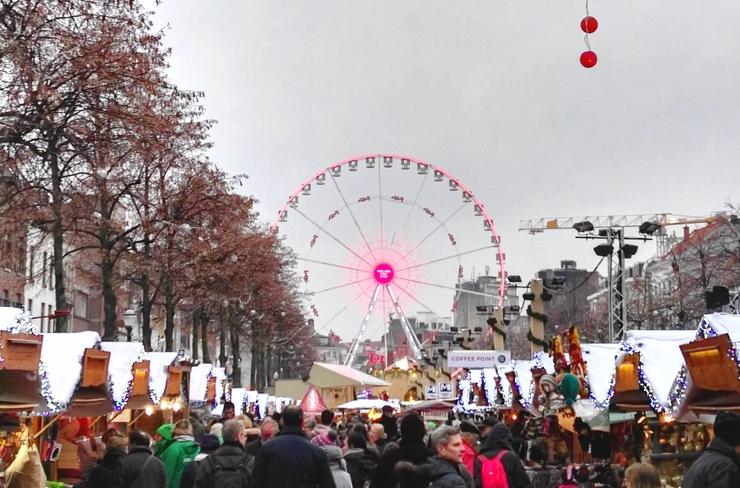 marché Noël Bruxelles grande roue