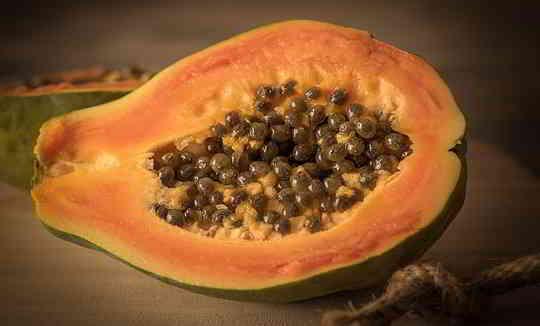 12 Amazing Health Benefits of Papaya