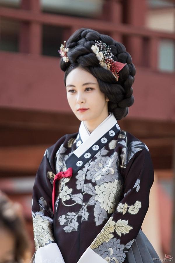 จางนกซู (Jang Noksu: 장녹수) @ Queen For Seven Days