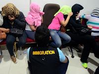 Wanita penghibur (PSK) Morako tidak mau melayani pria indonesia