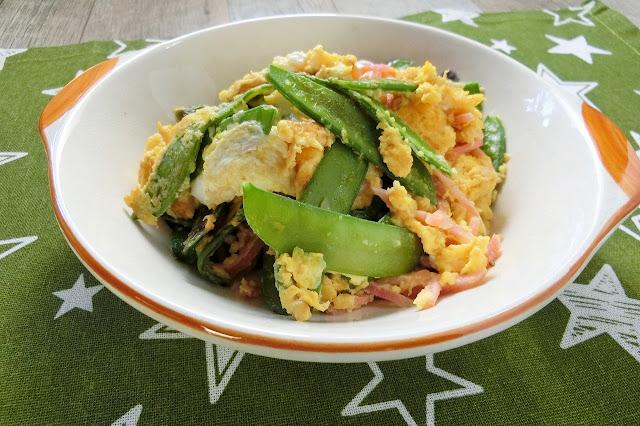 辛みがうまい!紅生姜を使ったさやえんどうと卵のおつまみレシピ