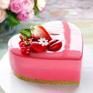 Raspberry Delight cake at The Manila Hotel Valentine Indulgence this 2021