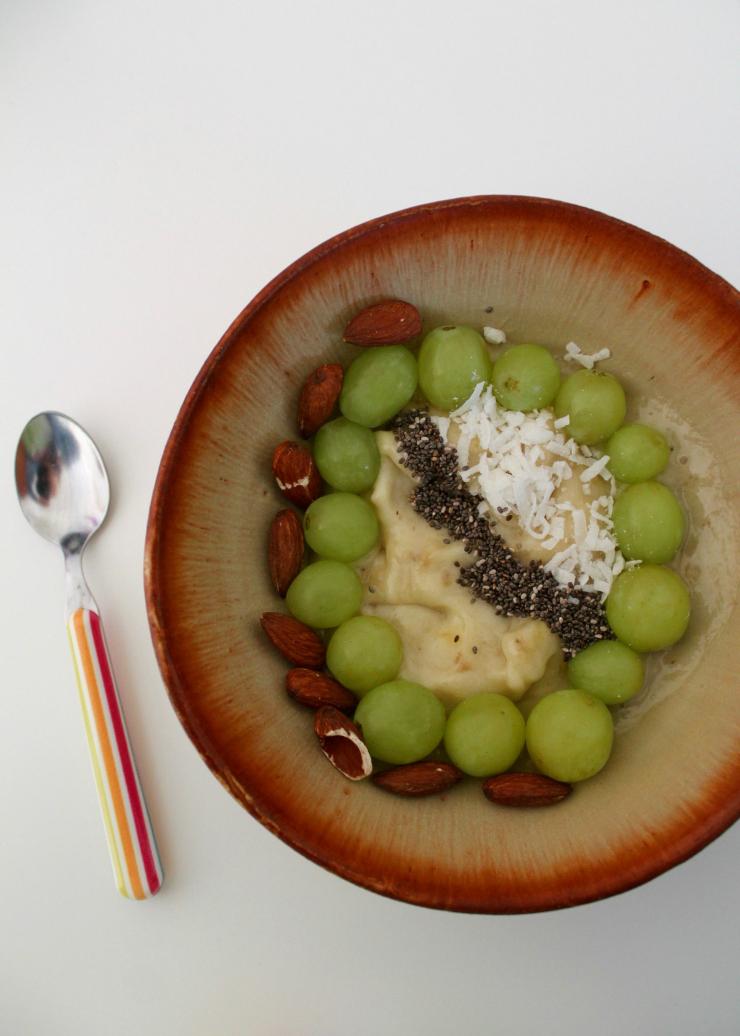 Healthy breakfast ideas (vegan friendly): banana nice cream, chia seeds, grated coconut, almonds + grapes