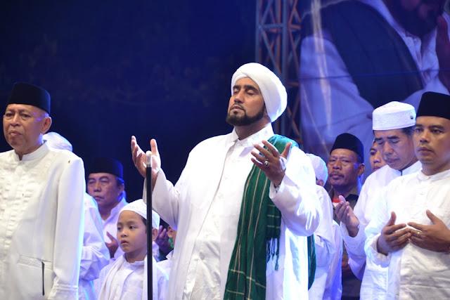 Habib syech solo  syair as sayyid ahmad al badawi.