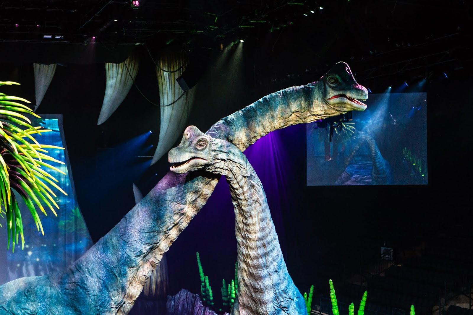 Wędrówki z Dinozaurami - Spektakularne Widowisko!