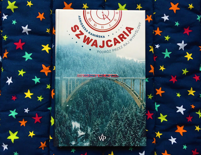 """Recenzje #191 - """"Szwajcaria podróż przez raj wymyślony"""" - okładka książki - Francuski przy kawie"""
