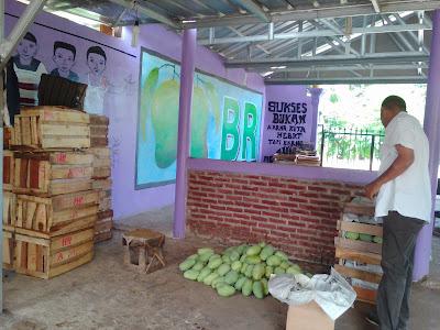 Ini Penyebab Harga Mangga di Karawang Anjlok