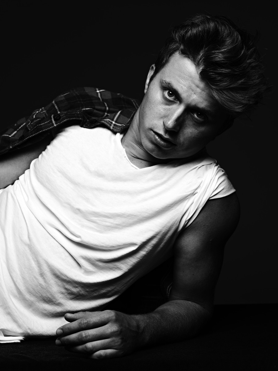 Naked Kenny Wormald 14
