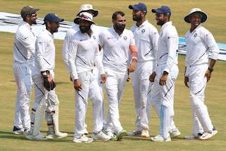 अगर भारतीय टीम पुणे टेस्ट जीतती है तो लगातार 11 घरेलू सीरीज जीतने वाली पहली टीम बन जाएगी।