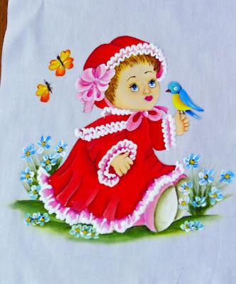 pintura em fralda bebe menina com passaro