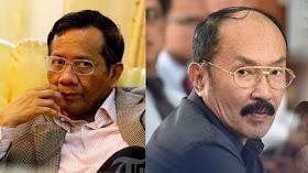 Image result for Kaki Walikota Mataram Tiba-tiba Menerjang Wajah Anggota Satpol PP