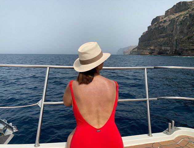 Cómo_pasar_un_día_inolvidable_en_el _litoral_de_Gran_Canaria_Obe_Rosa_obeBlog_AquaSports_parasailing_03