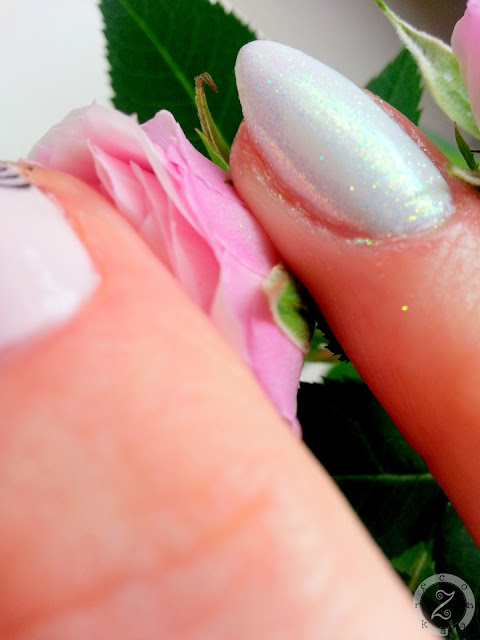manicure hybrydowy z syrenka