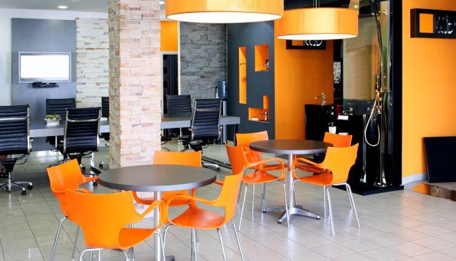 Orange muestra sus oficinas centrales de pozuelo de for Oficinas simyo