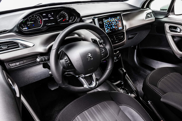 Peugeot 208 2018 AT6